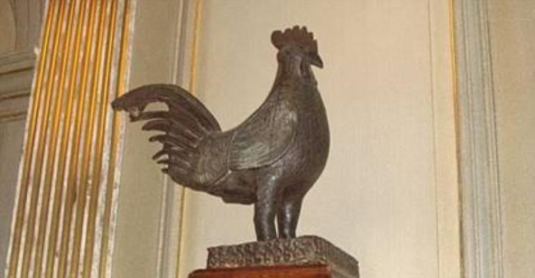 The Benin Cockerel above was looted by the British invasion army in 1897 during their notorious 'Punitive Expedition' in which they stole over 3500 Benin artefacts from the palace of the Oba of Benin.