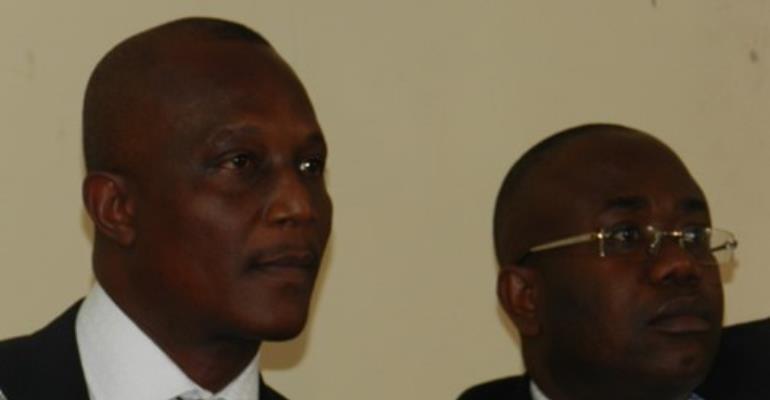 Coach Akwasi Appiah (L) with FA President Kwasi Nyantakyi