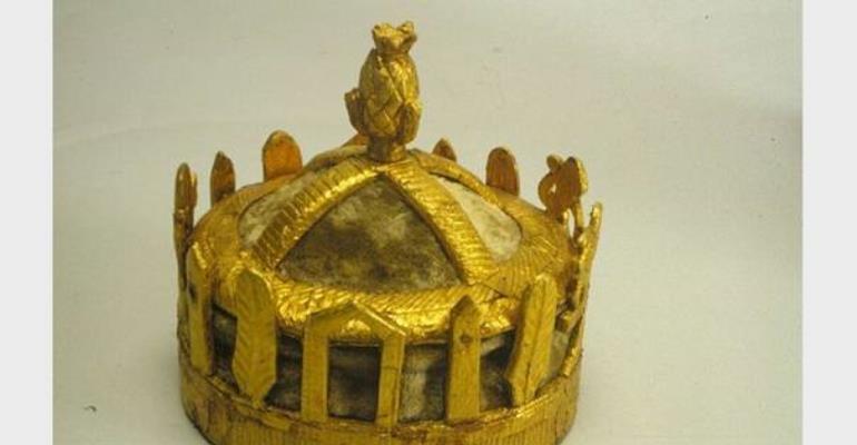 Crown, Asante, Ghana, now in Wereldmuseum, Rotterdam, Netherlands