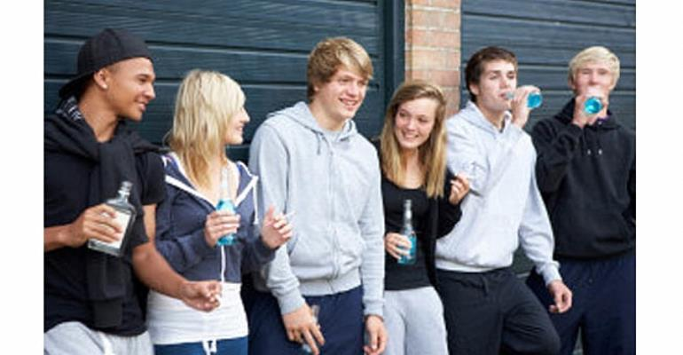 problems that teenagers face today essay Teenagers face real problems on a daily basis during the most awkward growth stages of their lives between 13 and 19-years-old during this time, teens are.