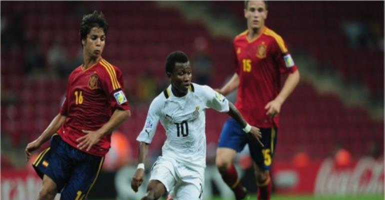 Clifford Aboagye on the ball, is set to join Granada on loan from Udinese.