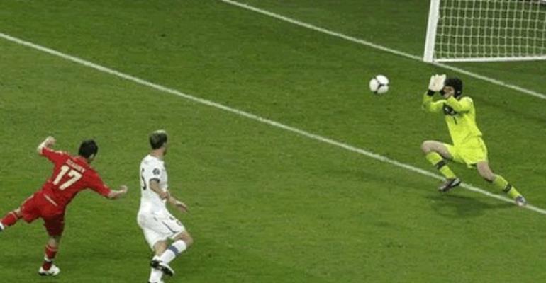 Alan Dzagoev scored a brace