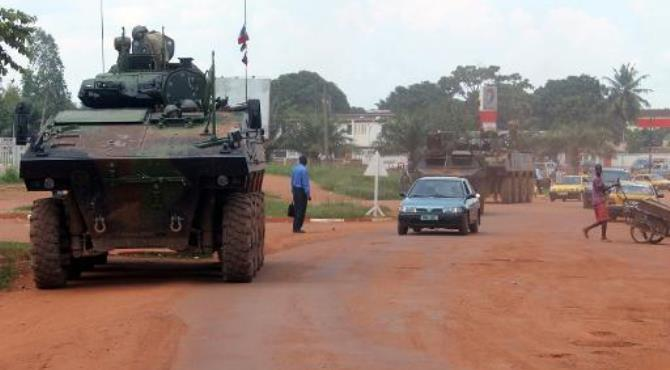 French Sangaris troops patrol in a military vehicle on August 16, 2014 in Bangui, CAR.  By Pacome Pabandji (AFP/File)
