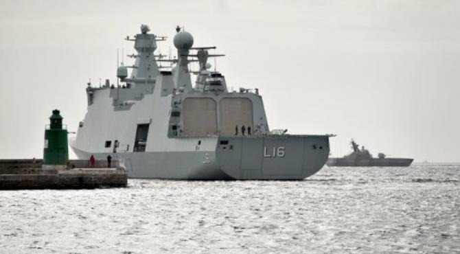 The Danish warship Absalon stopped a pirate mother-ship on Wednesday, the navy says.  By Henning Bagger (AFP/SCANPIX/File)