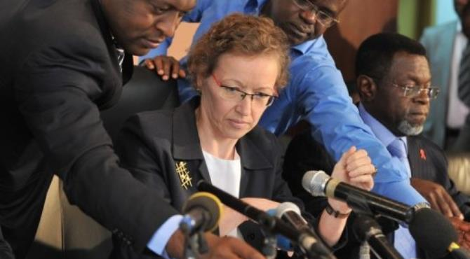 Doris Ross (C), the head of a joint delegation including World Bank and African Development Bank officials.  By Issouf Sanogo (AFP/File)