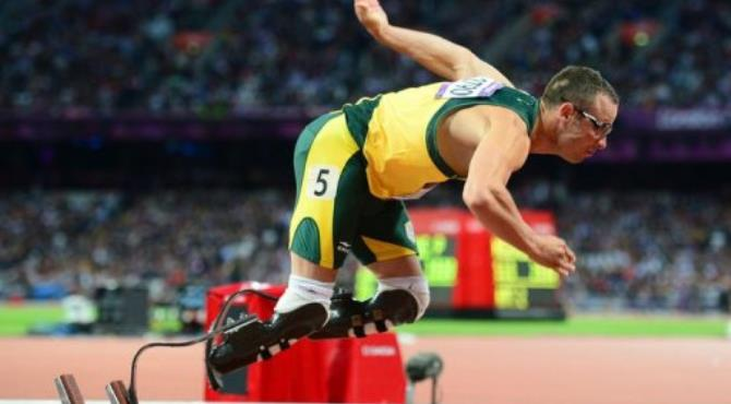 South Africa's double amputee runner Oscar Pistorius competes in the men's 400m semi-finals.  By Olivier Morin (AFP)
