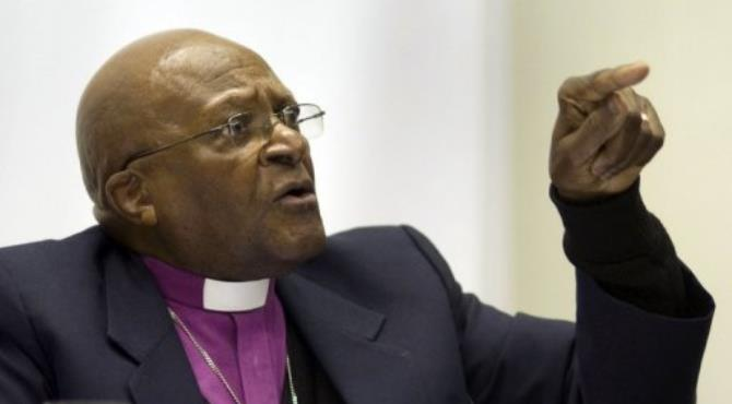 A petition called on a Washington state university to withdraw an invitation to Desmond Tutu.  By Rodger Bosch (AFP)