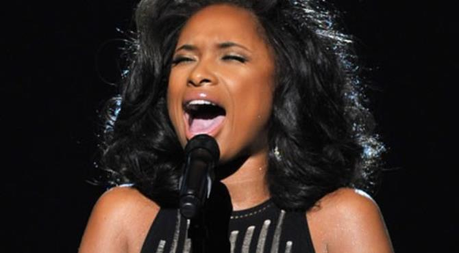 Jennifer Hudson sang I Will Always Love You at the Grammy awards to remember Whitney Houston