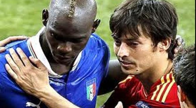 Ballotelli and Silva after the Euro 2012 final