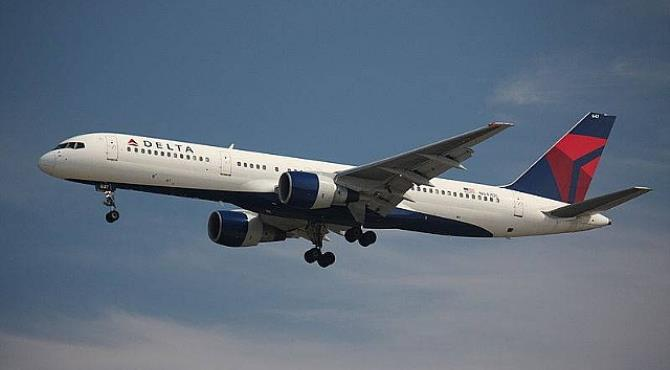 Delta Air Lines (Airplane)