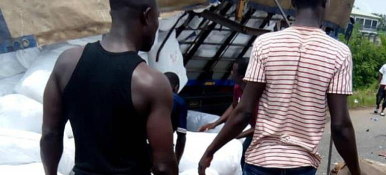 3 dead,15 sustain injuries in gory accident