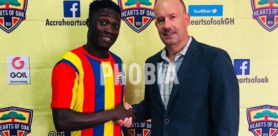 Hearts Signs Karela Utd Winger Dominic Eshun
