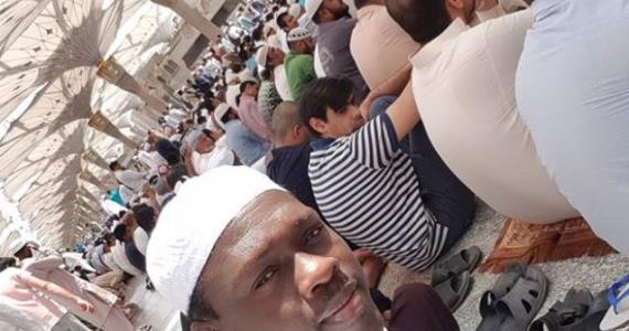 Actor, Ali Nuhu Travels to Mecca, Rededicates Life