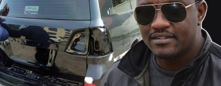 Dumelo and the V8 vehicles