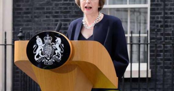 Theresa May calls snap UK election