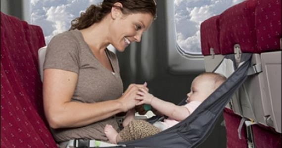 5 Smart Tips To Keep Your Baby From Crying On Planes