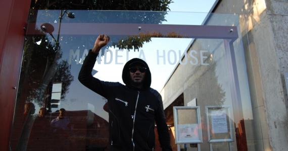 Remembering Nelson Mandela: 2baba Pays Tribute at Soweto Home