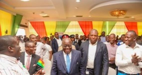 President Akufo-Addo vows to disown corrupt public officials