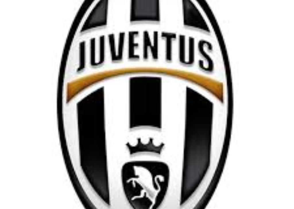 Four Juve Fans To Cl Final In Historic Fiat 500