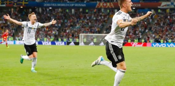 2018 World Cup: Dramatic Kroos Goal Keeps Germany Alive