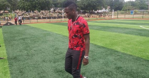 Gyan earns praise from Drogba for Accra Aca astro-turf project
