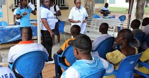Security personnel receive free health screening