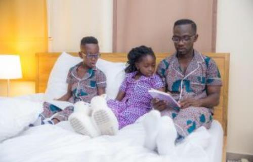 Okyeame Kwame, Family Dazzle In New Snapshots