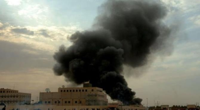 Smoke billows from the US embassy in the Sudanese capital Khartoum.  By  (AFP/File)