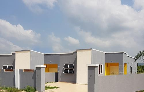2 Bedroom House (Expandable)e for Sale