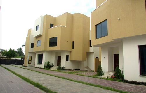 4 Bedroom House for Rent, west airport