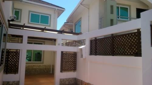 4 Bedroom Apartment to let in Labone