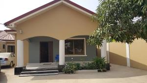 EXECUTIVE TWO BEDROOM (SELF COMPOUND)