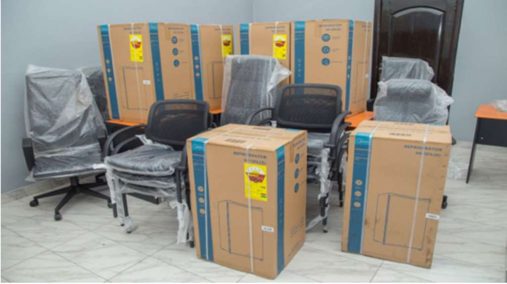 GCNet Presents 450 Laptops To Support GRA