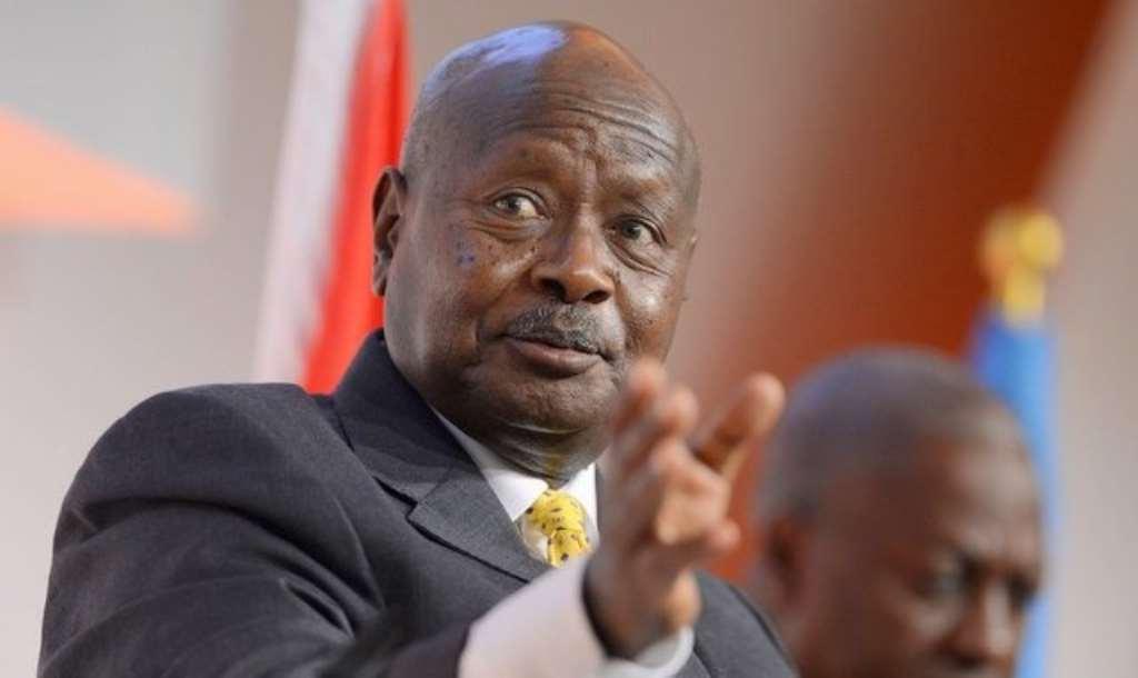 Quatre chefs militaires africains devenus présidents loués pour leurs rôles dans la démocratie