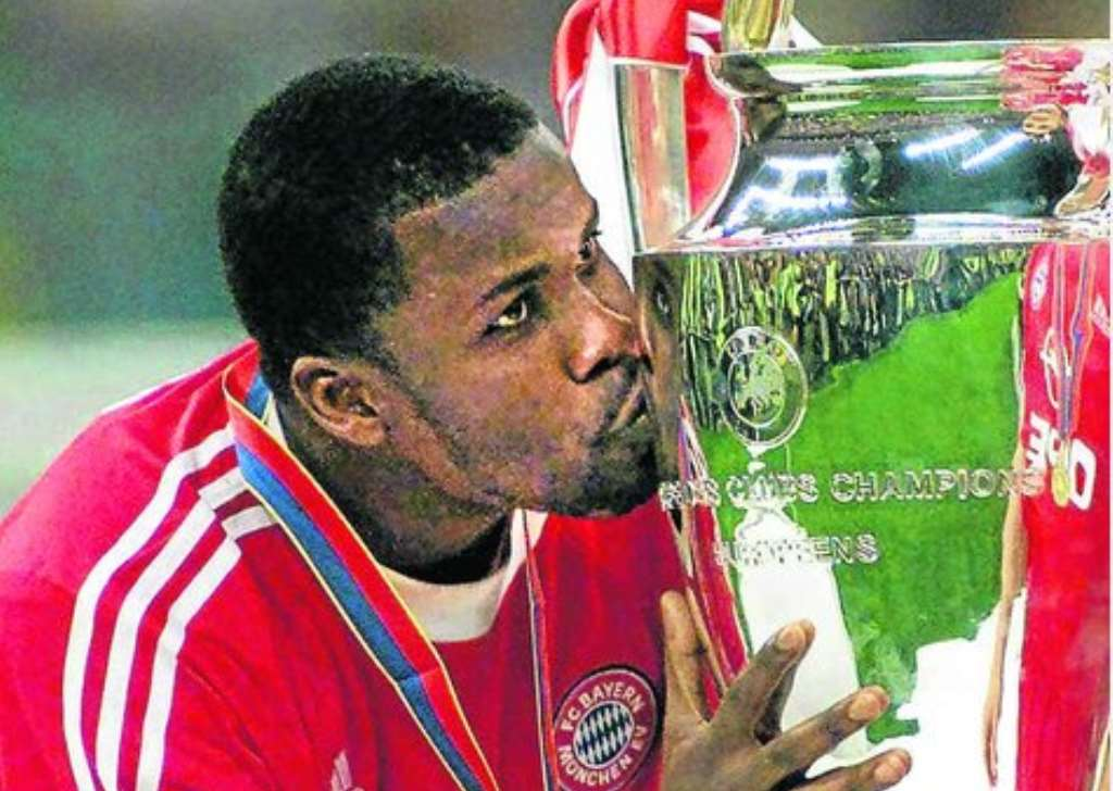 426202041749-0f72ylkxxs-kuffour-won-the-champions-league-with-bayern-munich-in-20011.jpg