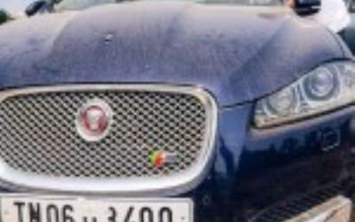 India S Dead Car Auctions Where You Can Get A Porsche For 7 000