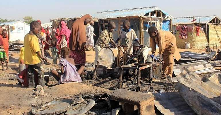 Nigeria's 60th anniversary scarred by economic uncertainty, Islamic insurgency
