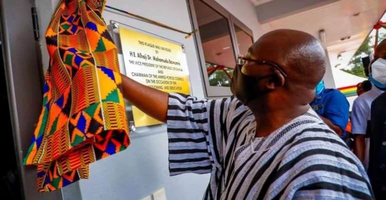Bawumia Hands Over Infectious Disease Centre To 37 Military Hospital