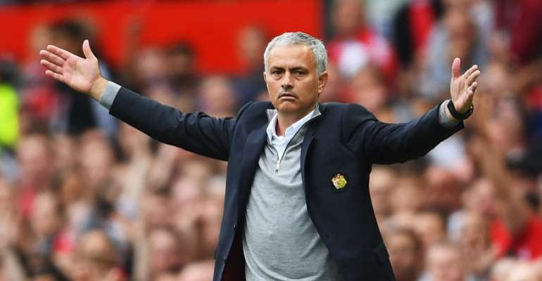 It Would Be Unfair If Manchester United Sack Jose Mourinho - Micheal Essien