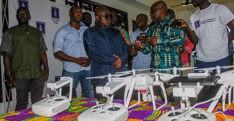 A/R: Akufo-Addo Visits New York University Research Centre In Kumawu
