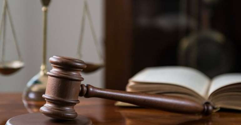 Court orders arrest of banker over stolen US$550,000