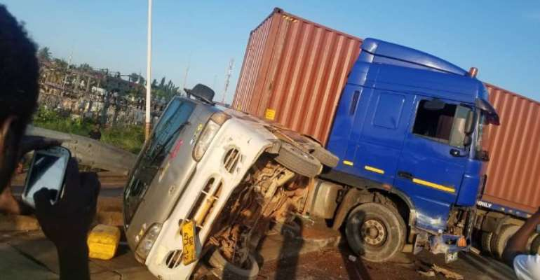 15 In Critical Condition After Ofankor Barrier Accident [Video]