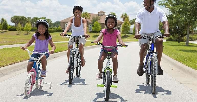 Cycling Your Way To Fitness: Herbalife Nutrition Shares Tips