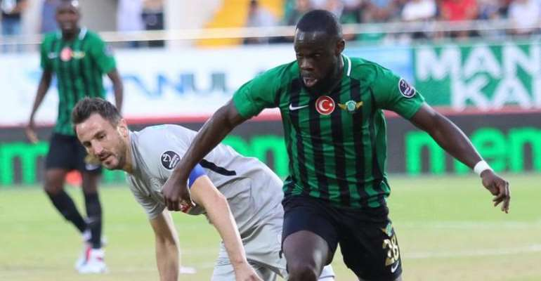 SHOCKING: Black Stars Management Member Demanded 20,000 Euros From Elvis Manu To Help Him Get A Call-Up - Arhinful Reveals