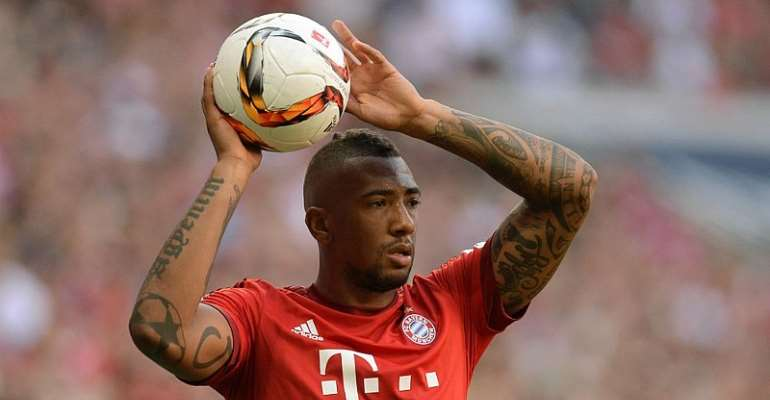 Jerome Boateng says it's either Ronaldo or Messi for Ballon d'Or