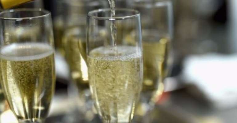 Angry Passenger Sues Airline For Not Serving Champagne