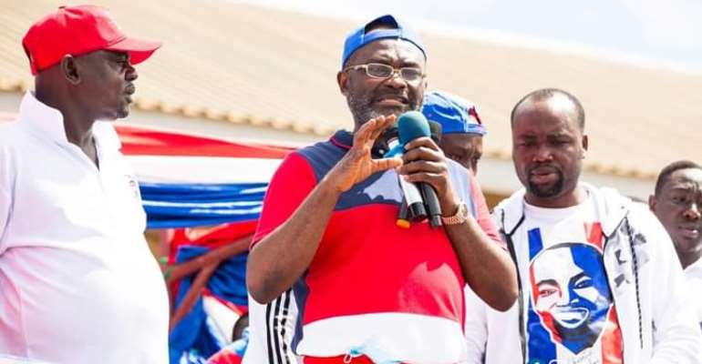 Kennedy Agyapong addressing the crowds