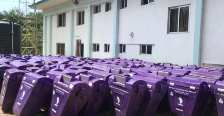 Sanitation Ministry Donates 370 Dustbins To Media Houses