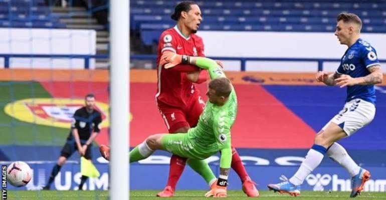 Jordan Pickford's tackle on Virgil van Dijk went unpunished