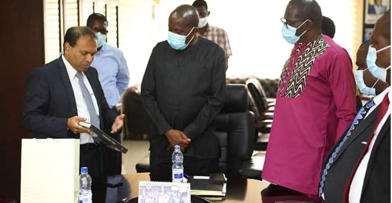 Sugandh Rajaram (left) with Fr. Prof. Anthony Afful-Broni and other officials of UEW during the visit